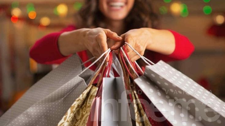 Se adelantaron las compras navideñas, en su mayoría con tarjeta