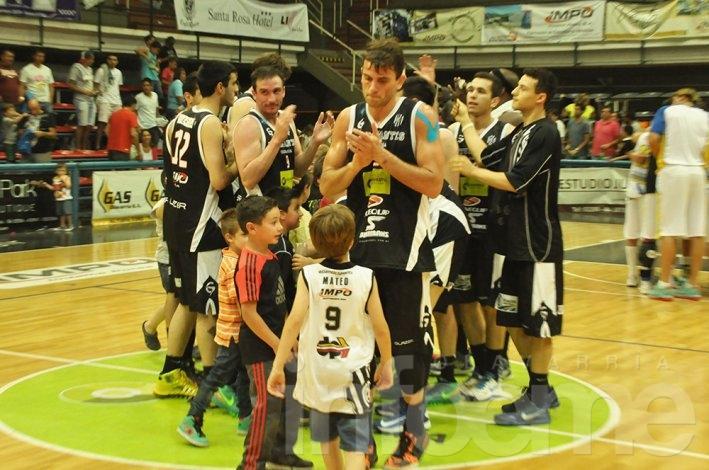 Repetí la victoria de Estudiantes sobre Atenas
