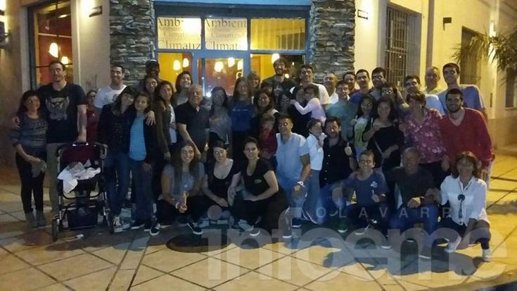 Estudiantes cerró el año solidario con una cena