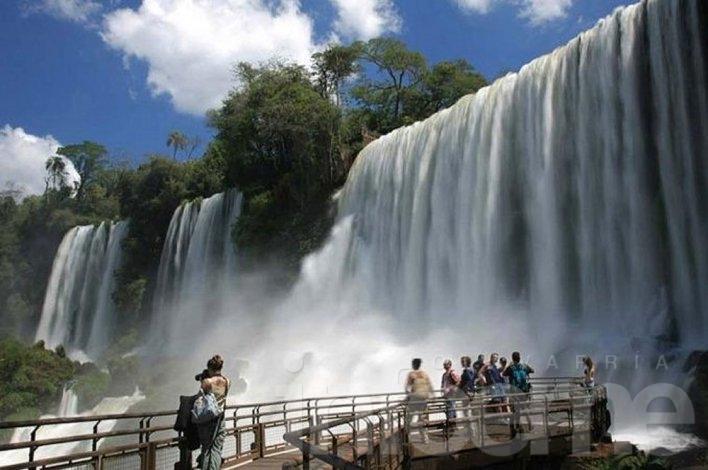 Las Cataratas del Iguazú despiden el 2015 con un récord histórico de visitas