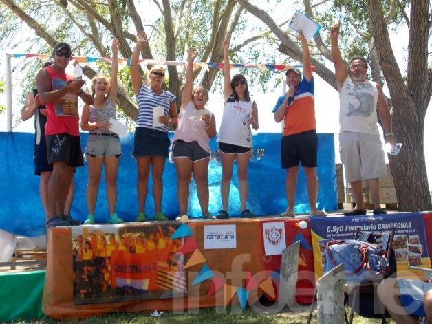 Ferroviario y Santa Agueda premiaron a sus deportistas