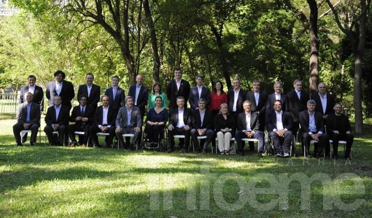 Macri presentó a su gabinete y cargó contra Cristina