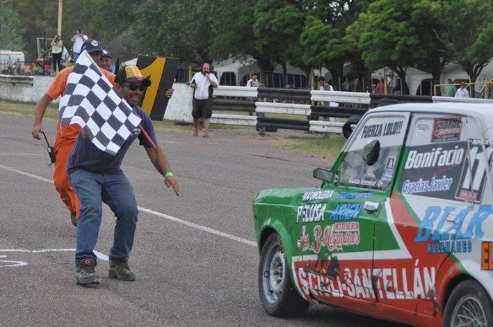 Vernice campeón, Stracquadaini bicampeón