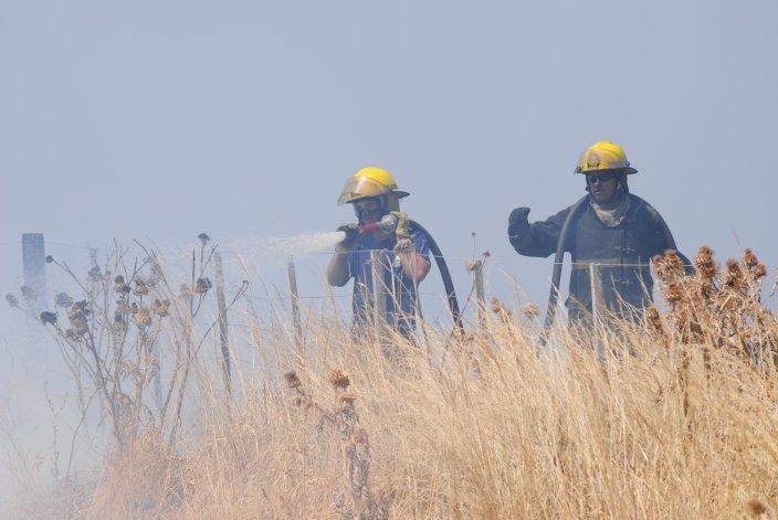 Incendio de trigo en estancia Santa Dominga