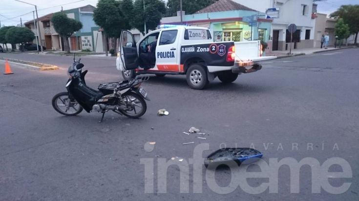 Un herido en choque entre auto y camioneta