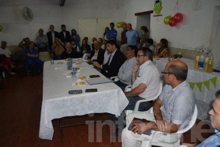 """Galli y su """"Gabinete Itinerante"""" desembarcaron en barrio AOMA"""