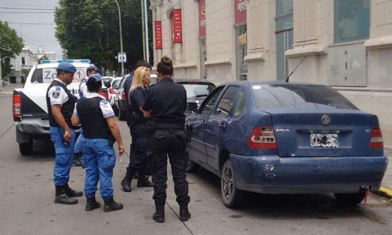 Chocó, se dio a la fuga y volvió a chocar: fue demorado en el centro