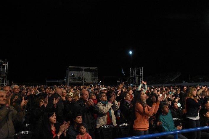 La penúltima noche cerró con otro gran recital del chaqueño Palavecino