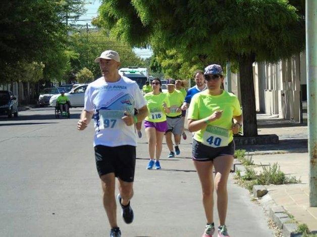 Con buen marco se desarrolló la maratón a beneficio