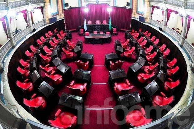 Sin acuerdo con la oposición, se postergó la sesión de Presupuesto