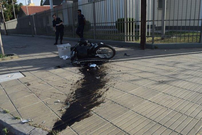 Motomandados sufrió graves heridas en un violento accidente