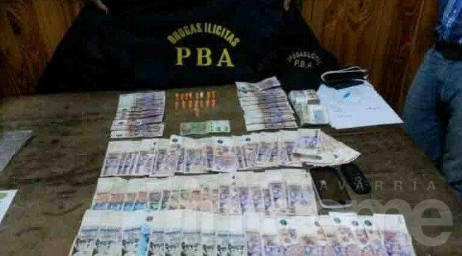 Secuestran droga y dinero durante allanamientos en Laprida