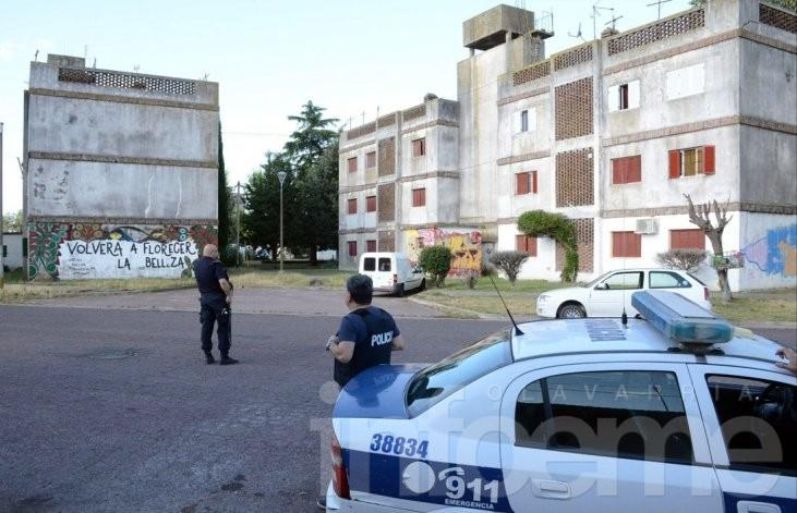Enfrentamientos a los tiros en dos barrios durante el fin de semana