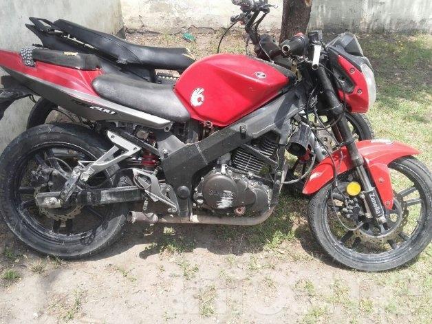 Recuperan moto con pedido de secuestro en Azul