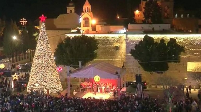 El mundo festeja la Navidad