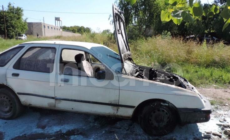 Pérdidas totales en el incendio de un automóvil
