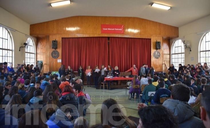 La Jefa Regional de Políticas Socioeducativas estuvo en Olavarría