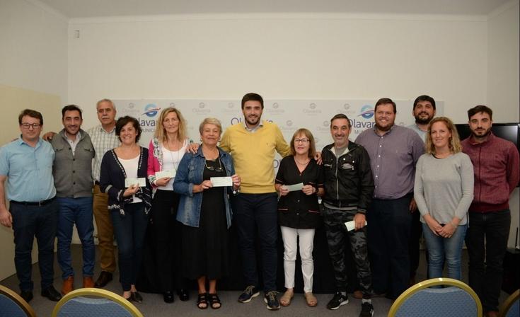 Siete emprendedores recibieron microcréditos