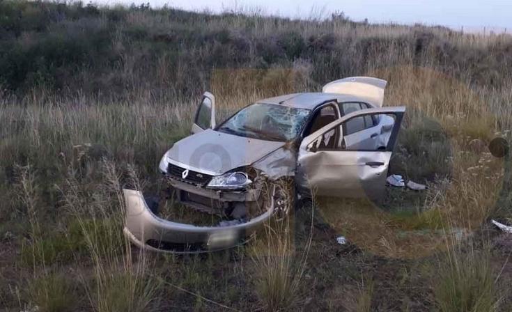 Una mujer herida en un despiste y vuelco en la Ruta 226