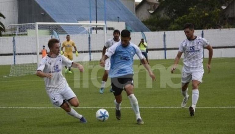 Diluvio en Bolívar y empate para Racing en el debut del Torneo Regional Amateur