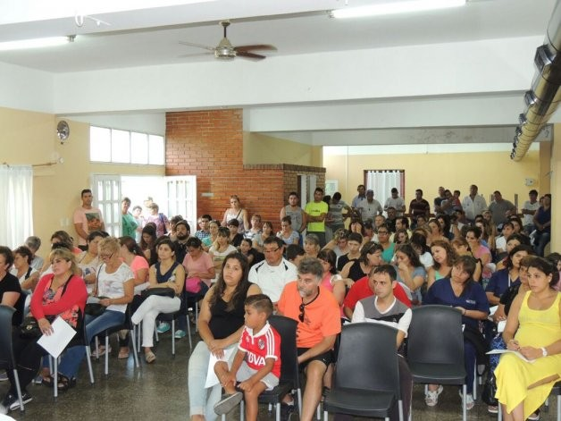 """Plan de viviendas: """"son condiciones discriminatorias para los municipales"""""""