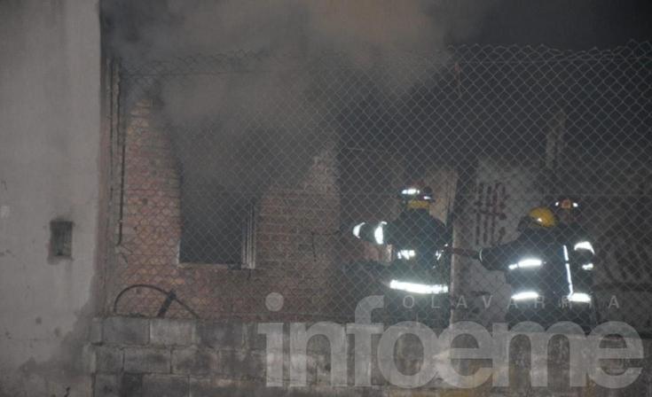 Voraz incendio en una vivienda del barrio Coronel Dorrego