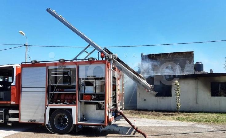 Barrio Carlos Pellegrini: voraz incendio en una vivienda causó pérdidas totales
