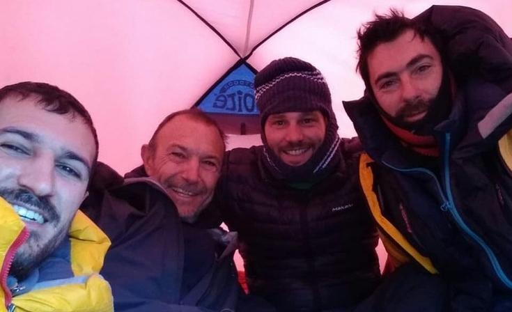 Olavarrienses escalaron una de las montañas más altas del continente