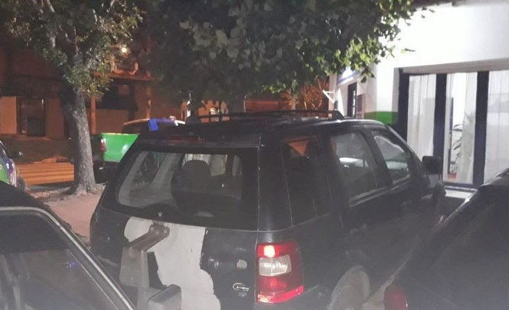Mar del Plata: hallan 180 dosis de cocaína en una camioneta
