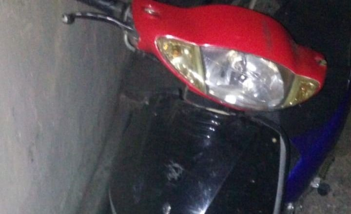 Demoran a chico de 14 años que iba en una moto robada