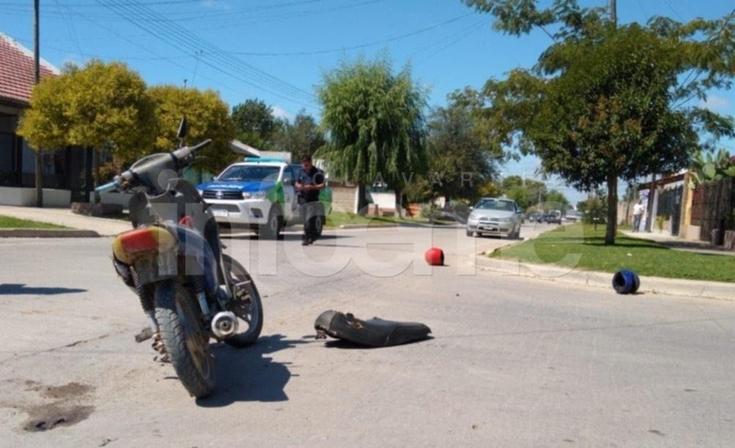 Un motociclista y una nena  heridos en fuerte accidente