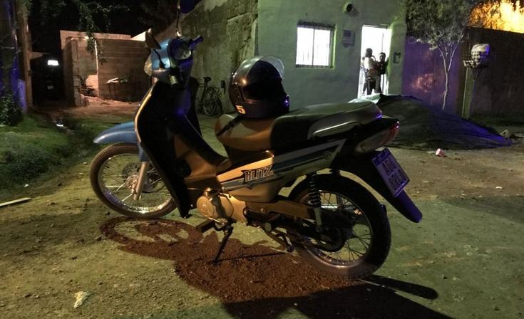 Una menor herida en accidente con una moto