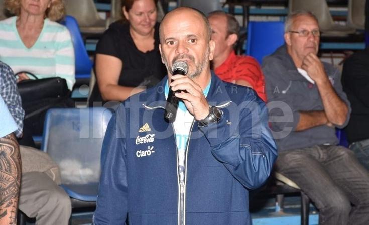 Llegó Argentina y se lució en el Maxigimnasio con mucho público