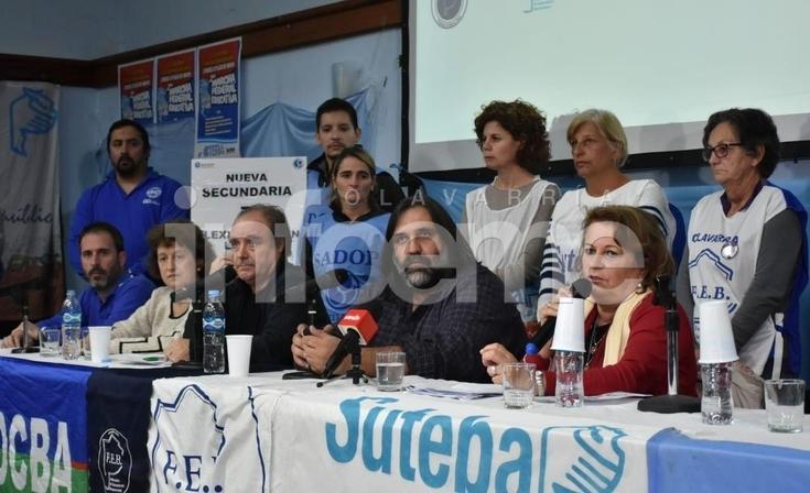 Vence la conciliación obligatoria y docentes aguardan el llamado a paritaria