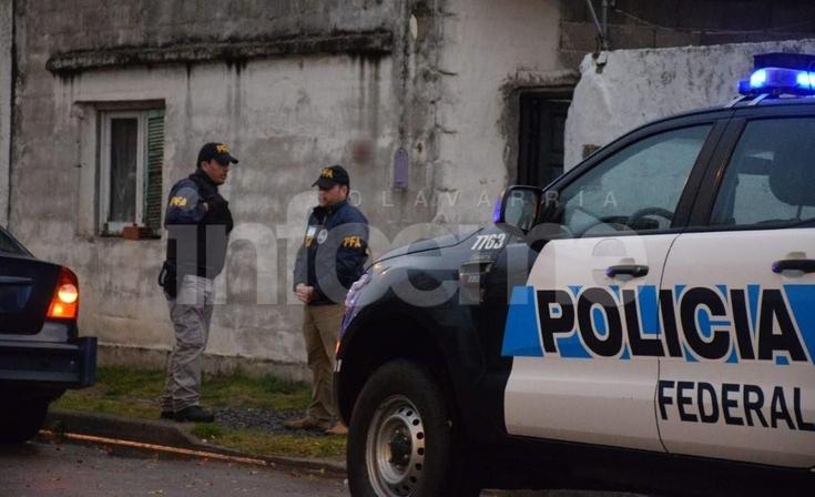 Allanamiento de la policía Federal en el barrio Pueblo Nuevo