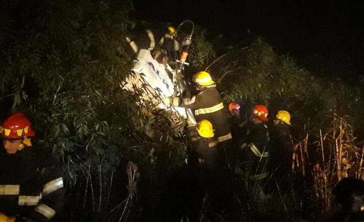 Chofer de Loma Negra involucrado en triple choque de camiones en ruta 51: un muerto