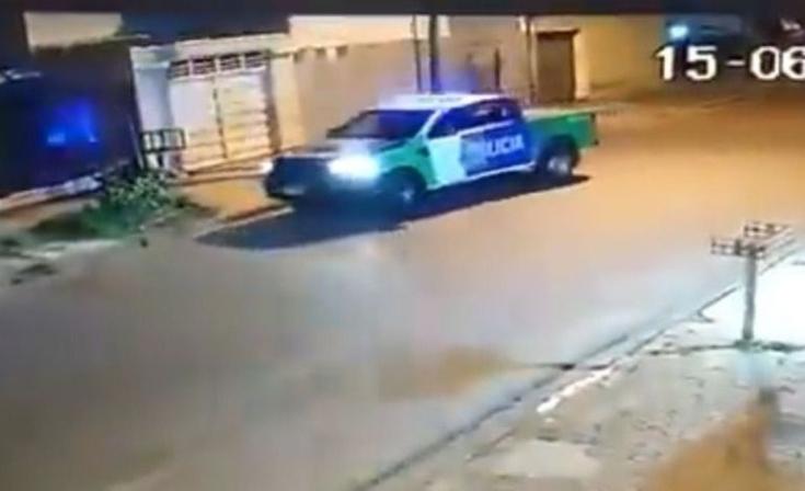 Suspenden a los policías que jugaron a explotar un globo