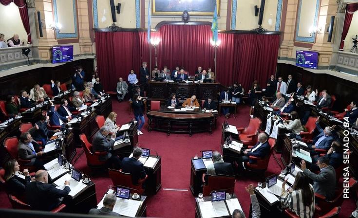 Media sanción a la ley que quita subsidios al Turf