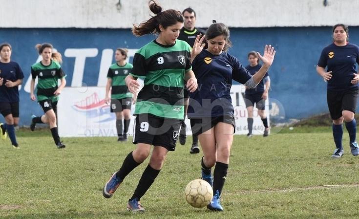 El CEF Nº44 festejó el campeonato Apertura en Primera y en Sub15