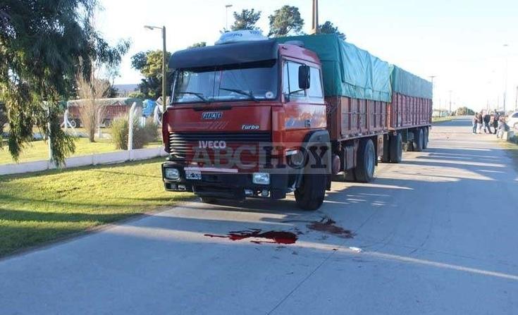 Tandil: murió aplastado por su propio camión