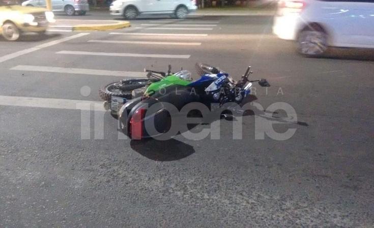 Un policía resultó herido en un fuerte accidente de tránsito