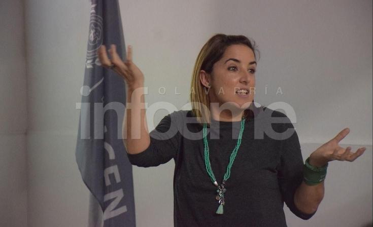 Ro Ferrer en Olavarría y poruna comunicación no sexista