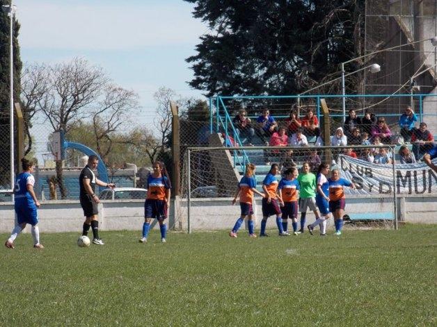 Entrega de subsidios a clubes de fútbol