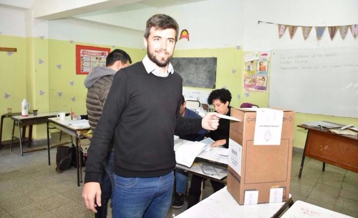 """Votó Bruno Cenizo: """"Celebrar la democracia es hacerse escuchar con el voto"""""""