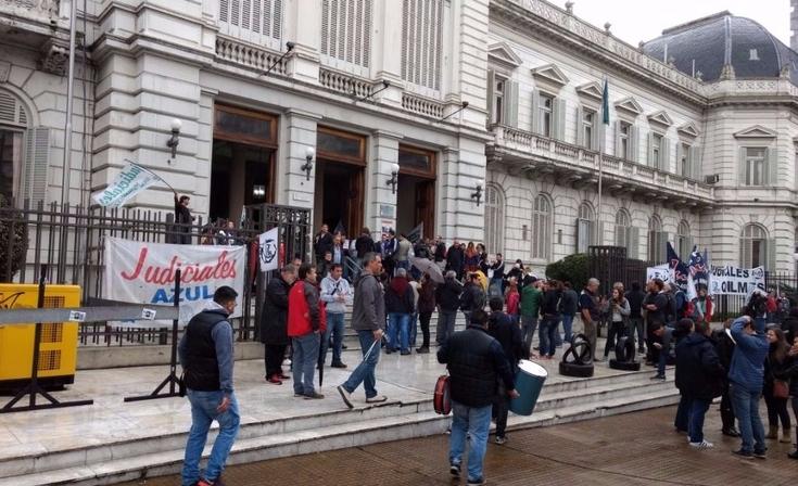 Provincia convocó a los judiciales a paritarias