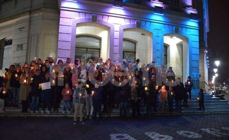 Marcha de velas para concientizar sobre la Atrofia Muscular Espinal