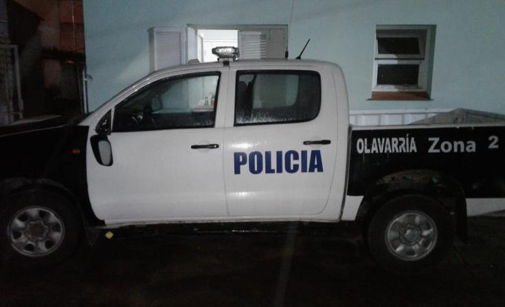 Dos aprehendidos, policías agredidos y una menor apuñalada en una fiesta privada