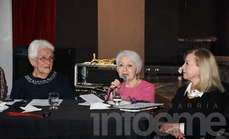 "Se presentó ""Memorata"" de la escritora local Gloria Salas"
