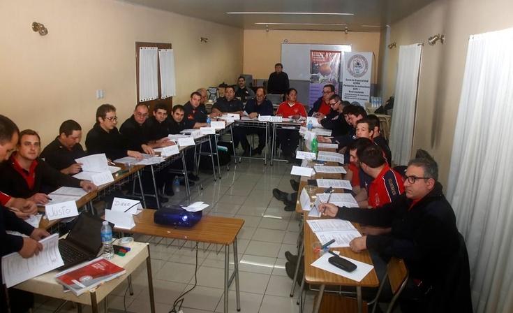 Curso de instructores en Bomberos Voluntarios