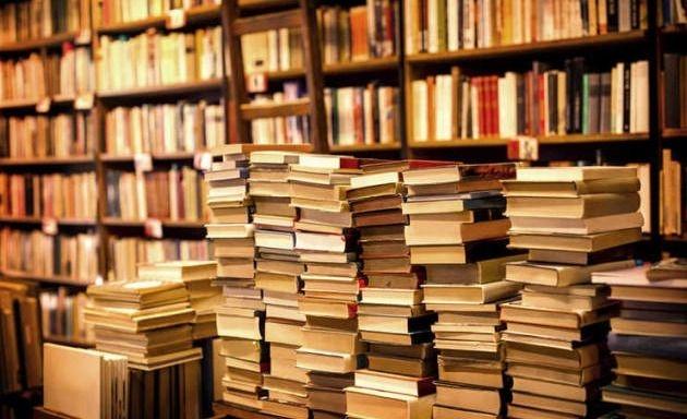 Día del lector: ¿Qué leen los que escriben?
